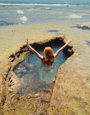 Jacuzzi na mare baixo no passeio de barra de cunhau